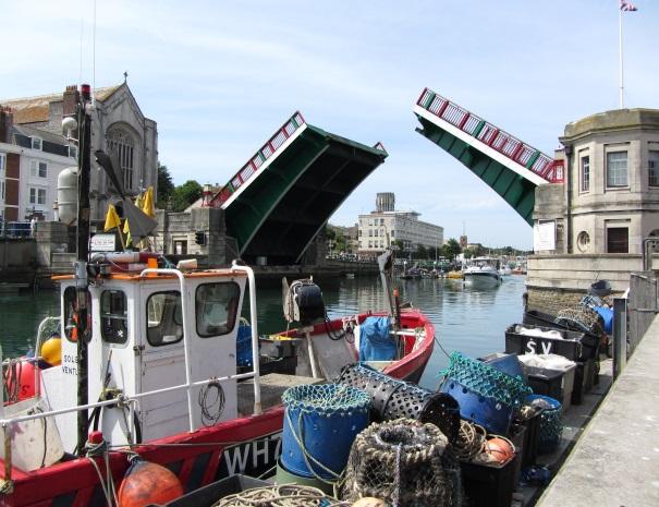 Weymouth Town Bridge - open
